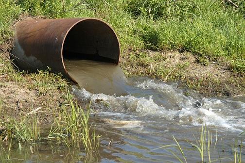 Грязная вода в реках