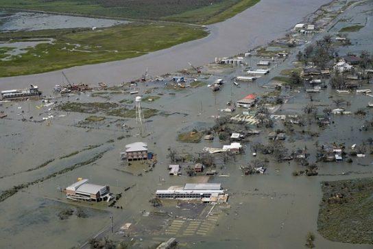 Ураган Лаура