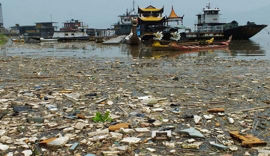 мусор в Японском море