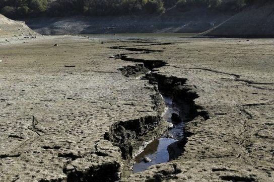 причины истощения водных ресурсов